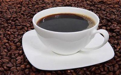 Cuatro tazas diarias de café para evitar los infartos