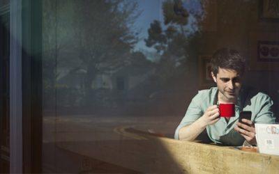 El color de la taza en la que nos tomamos el café genera diferencias en cómo lo registran nuestras papilas gustativas